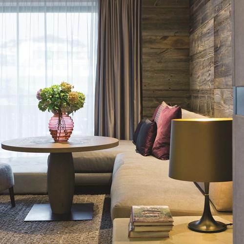 Elisabeth Hotel, luxury ski accommodation in Mayrhofen, Austria. Lounge