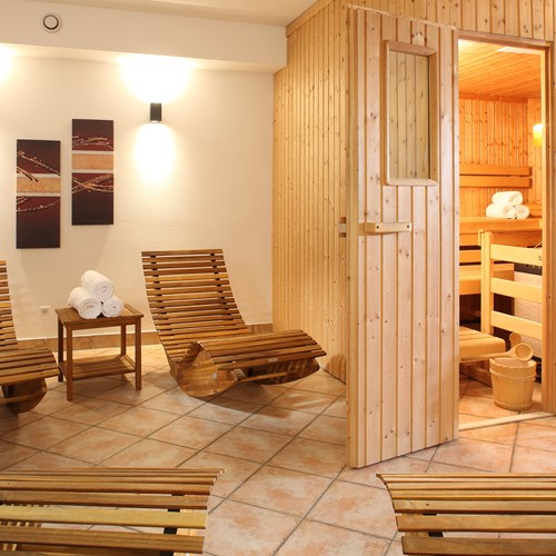 Chalet Fauner St Anton ski accommodation spa area