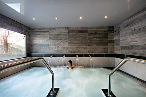 chalets elena luxury ski breaks whirlpool