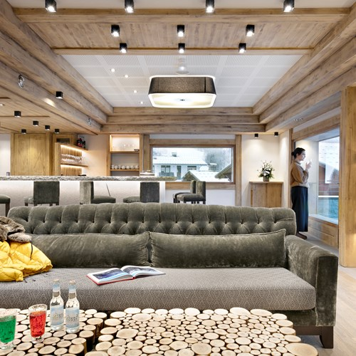Chalet Elena bar sofa.jpg