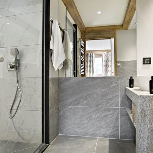 Chalet Elena bathroom.jpg