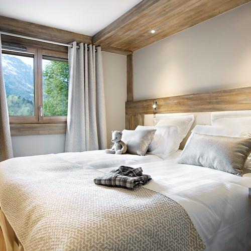 Chalet Elena bedroom.jpg