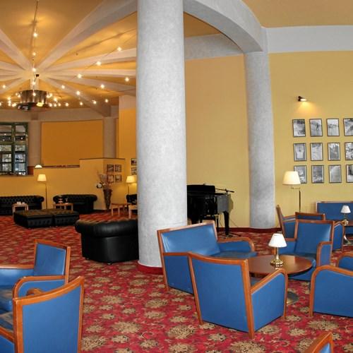 Hotel La Torre bar.jpg