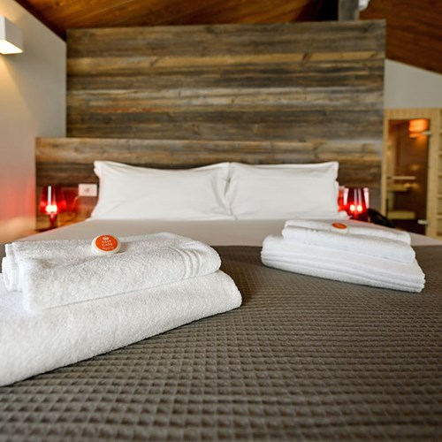 Du Parc Hotel bed.jpg