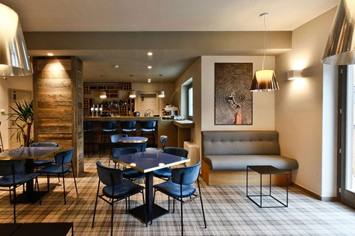du parc hotel lounge bar affordable ski breaks