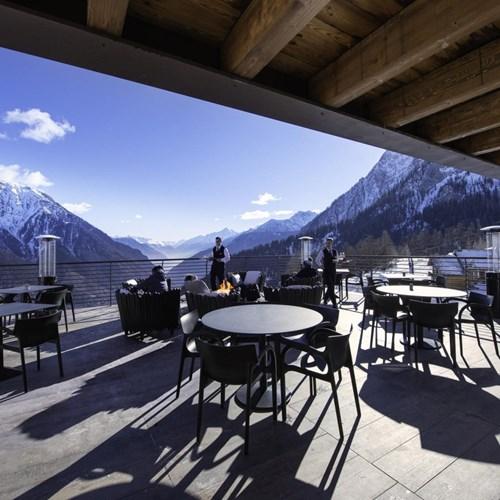 Le Massif La Loge du Massif terrace.jpg
