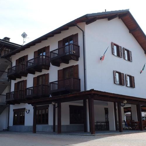 Park Hotel Gran Bosco exterior.JPG