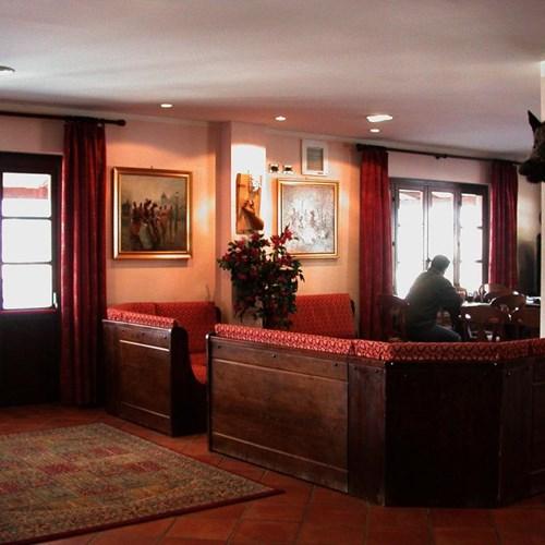 Park Hotel Gran Bosco reception.jpg
