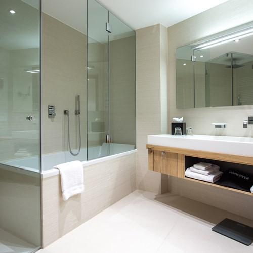 Radisson Blu - Rooms Standard Superior-11.jpg