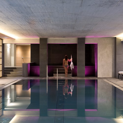 Elisabeth Hotel, luxury ski accommodation Mayrhofen, Austria, indoor pool
