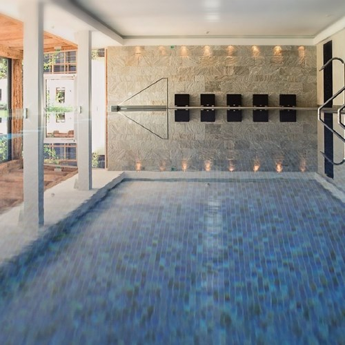 kitz-spa-pool.jpg