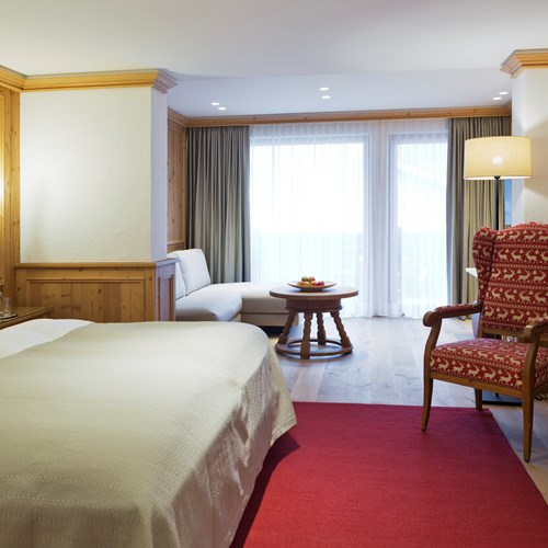 Elisabeth Hotel, luxury ski accommodation in Mayrhofen, Austria. Bedroom