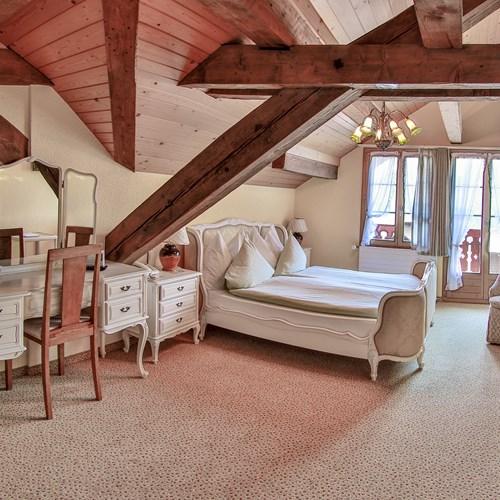 5d room with Jungfrau view.jpg