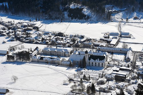 Engelberg-ski-resort-Switzerland-monastery from above