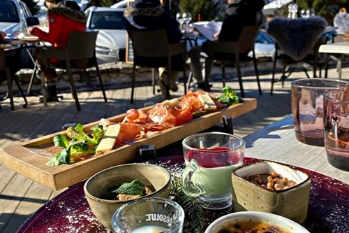 le cepe meribel restaurants outdoor terrace
