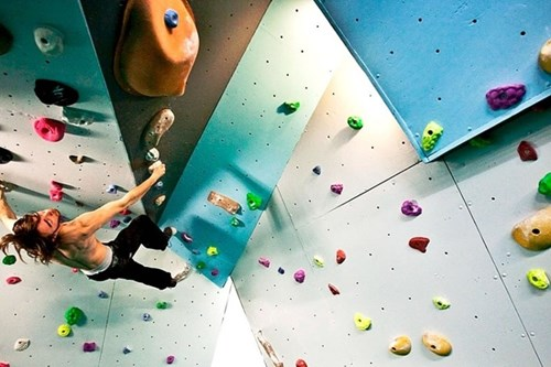 parc olympique meribel indoor climbing wall