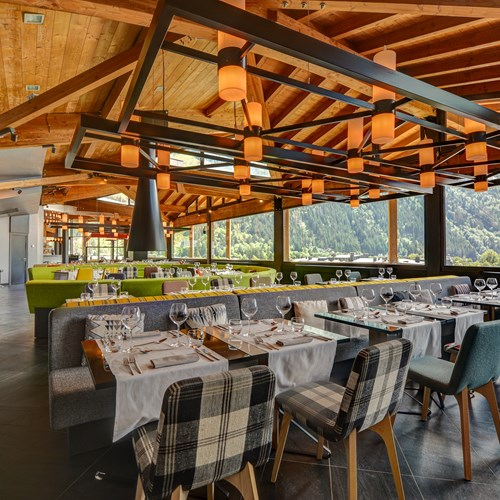 alpina-restaurant_21-j.jpg