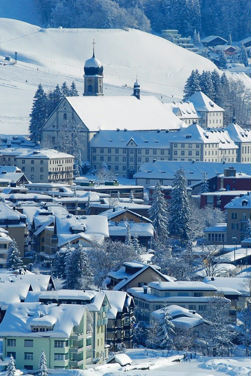Engelberg town and Kloster
