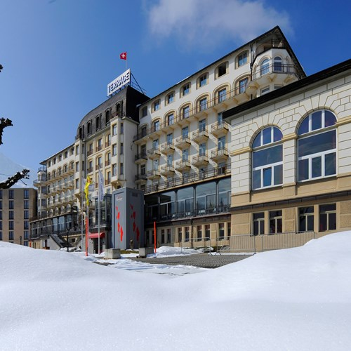 view of the Hotel Terrace in Engelberg from the front