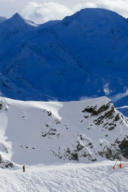 Verbier-Switzerland-slope.jpg
