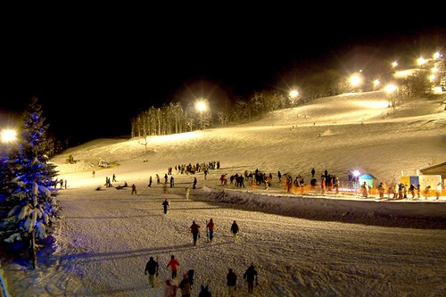 Night skiing in Rusutsu, ski apan