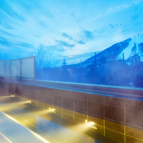 Westin ski hotel, Rusutsu ski resort - Japan - outdoor onsen
