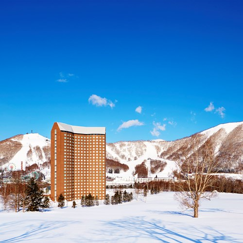 Westin ski hotel, Rusutsu ski resort - Japan - exterior hotel tower