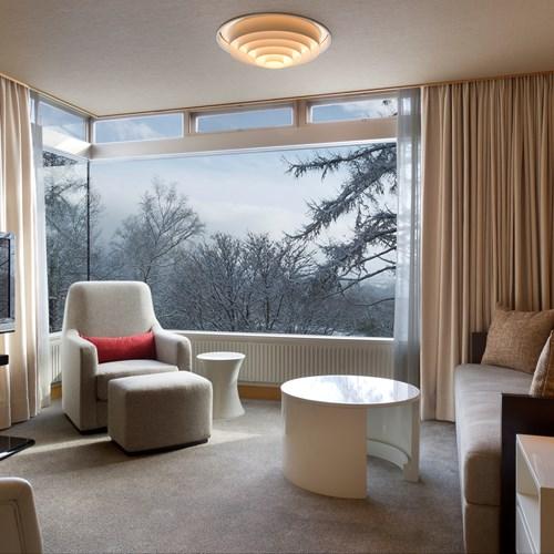 Greenleaf ski hotel - Niseko - Japan - suite living room