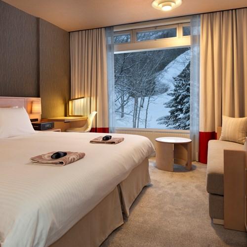 Greenleaf ski hotel - Niseko - Japan - king room