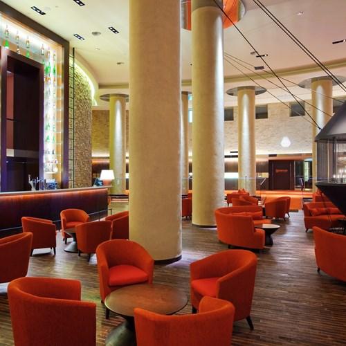 Ski Hotel Hilton Niseko Village - Japan skiing - flame bar and lounge