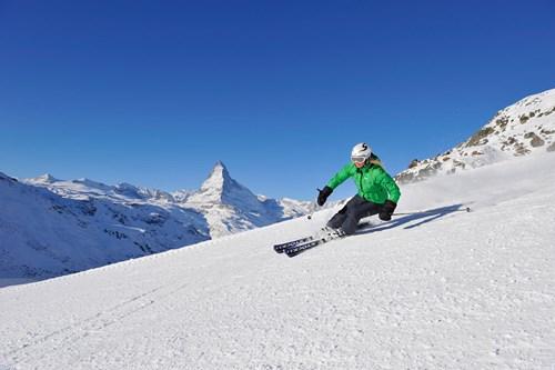 zermatt-switzerland-skiing