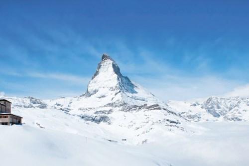 Zermatt-highest-slopes-in-Europe-matterhorn