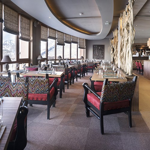 Hotel Le Taos Tignes-restaurant with mountain views