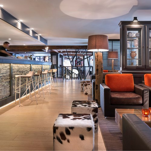 Hotel Village Montana-Tignes-bar and lounge area