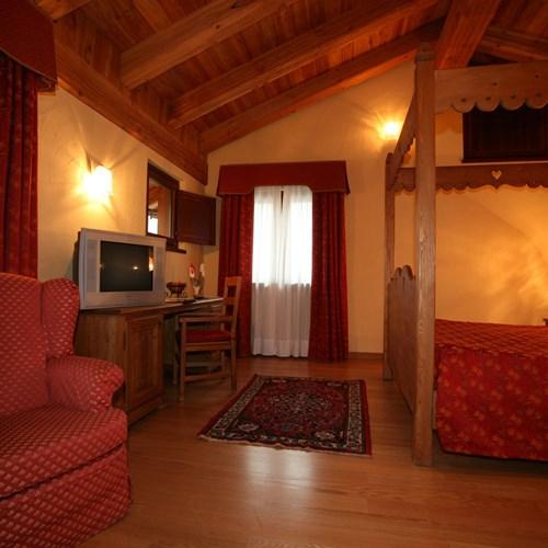 Hotel Maison Saint Jean Courmayeur guest room