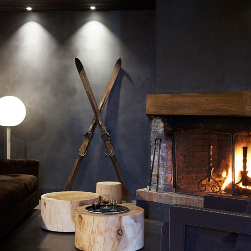 Hotel-Le-Val-Thorens-France-fire-side-seating