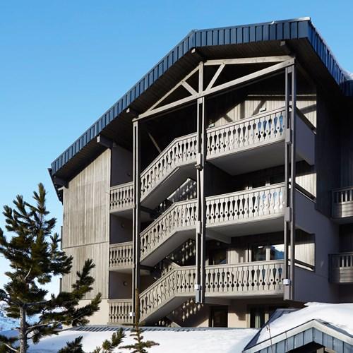 Hotel-Fitz-Roy-Val-Thorens-balcony-exteriors