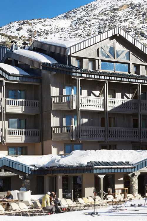 Hotel-Fitz-Roy-Val-Thorens-hotel-exterior