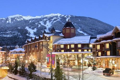 Whistler Main Street - Canada Skiing