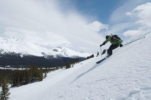 Banff-Canada-skiing.jpg