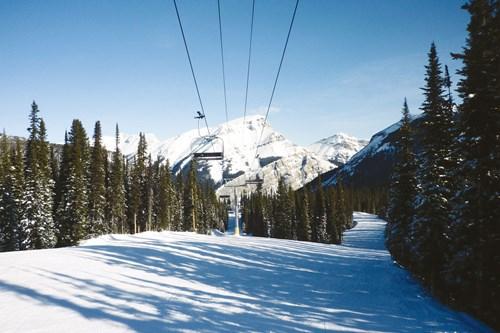Banff-Canada-chairlift.jpg