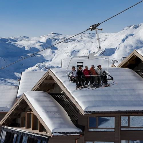 Hotel-Altapura-Val-Thorens-chairlift