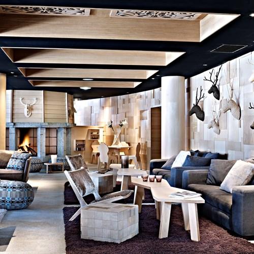 Hotel-Altapura-Val-Thorens-fireside-hotel-lounge