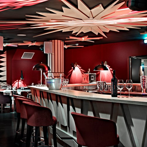 Hotel-Altapura-Val-Thorens-bar area