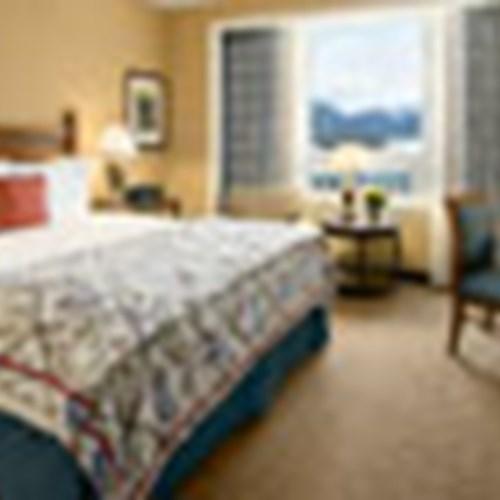 Fairmont-Lake-Louise-offers.jpg