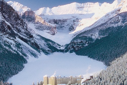 Fairmont Chateau, Lake Louise - Ski Hotel in Lake Louise, Canada