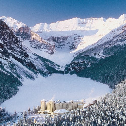 Fairmont-Chateau-Lake-Louise.jpg
