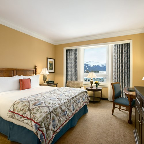 Fairmont-Chateau-Lake-Louise-Gold-Mountain-View-room.jpg
