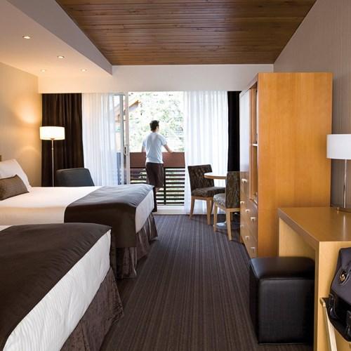 Banff Aspen Lodge, ski hotel in Banff, Canada - premium family room