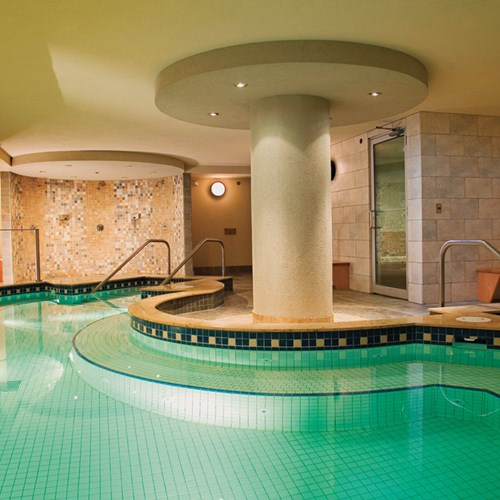 Banff Caribou Lodge & Spa, indoor pool - ski hotel in Canada